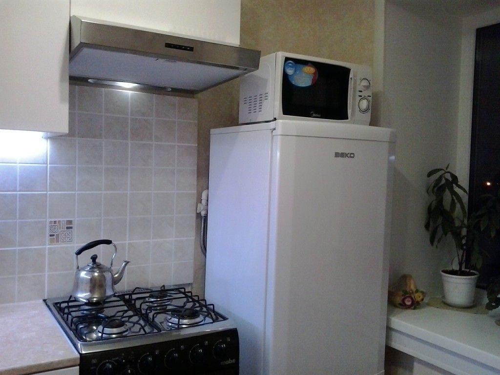 Можно ли ставить микроволновку рядом с холодильником