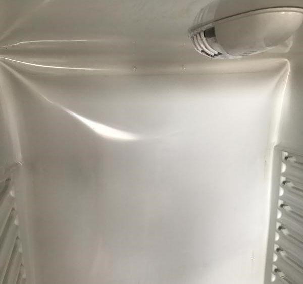 Почему вздувается задняя стенка холодильника