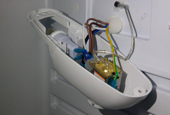 замена термостата холодильника
