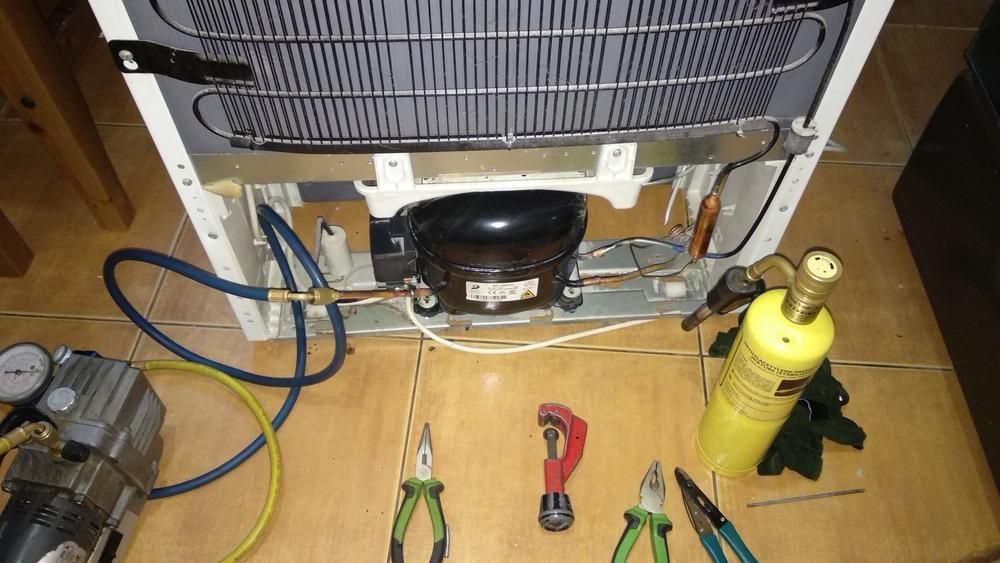 Устранение утечки по тепловому контуру холодильника